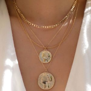 Jewelry - Luxurious Coin sets necklace